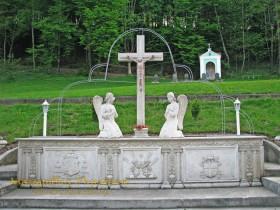 Малий Березний. Свято-Миколаївський монастир