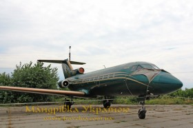 Музей авіації. Як-40