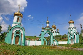 Мукачево. Монастирь на Червоній Гірці
