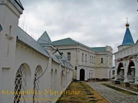 Путивль. Мовчанський монастир