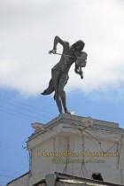 Харків. Скульптура «Скрипаль на даху»/ «Скрипач на крыше»